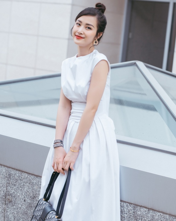 Fan xôn xao về hình ảnh một Đông Nhi ngày càng xinh đẹp và lão hóa ngược ảnh 4