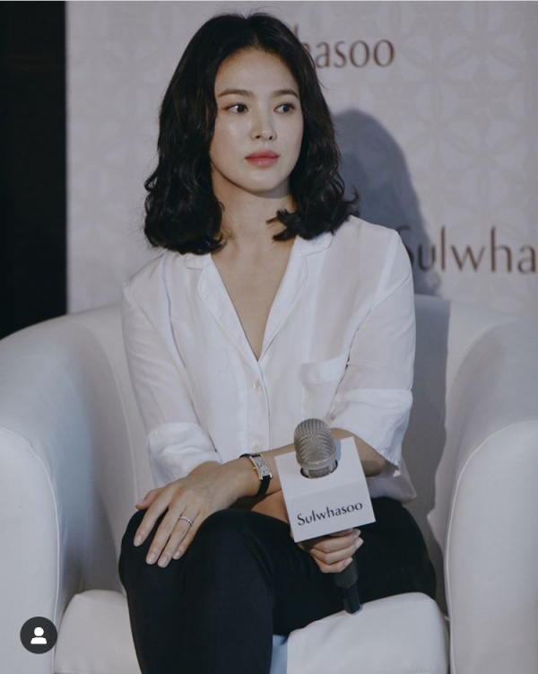 [K-Drama]: Advertising brands will cancel Song Hye Kyo's contracts after believing divorce with Song Joong Ki