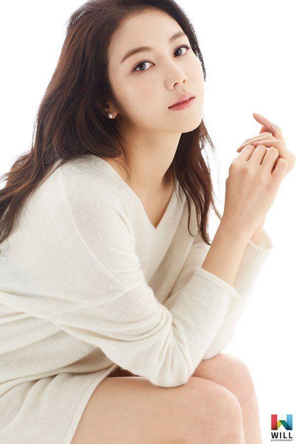 Cặp đôi Song Song ly hôn nhưng kẻ đáng thương nhất lại là Park Bo Gum và Kim Ok Bin