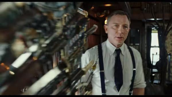 Trailer Knives Out: Daniel Craig, Chris Evans và nữ chính 13 Reasons Why vướng vào vụ giết người bí ẩn ảnh 21