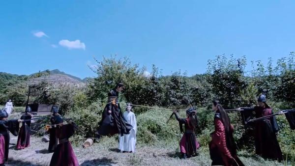 Trần tình lệnh tập 11+12: Nổi da gà với diễn xuất của Tiêu Chiến trong vai Ngụy Vô Tiện ở phân cảnh đối đầu chó dữ ảnh 27
