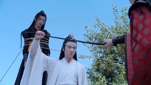 Trần tình lệnh tập 11+12: Nổi da gà với diễn xuất của Tiêu Chiến trong vai Ngụy Vô Tiện ở phân cảnh đối đầu chó dữ ảnh 28