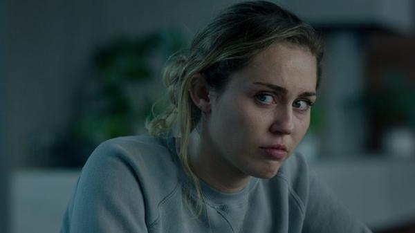 Netflix lần lượt mang Hannah Montana và London Tipton quay trở lại màn ảnh ảnh 2