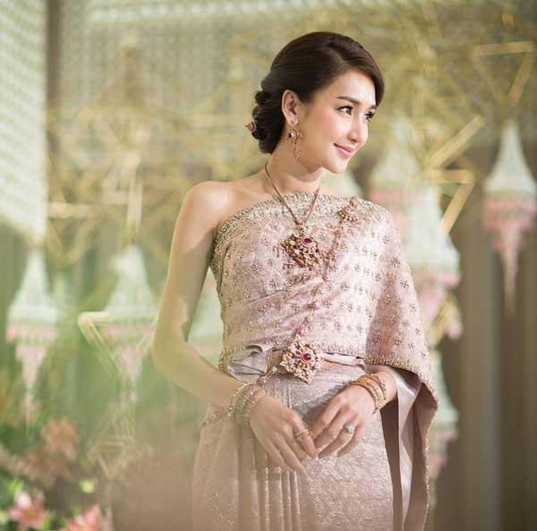 Những lễ cưới lộng lẫy, lung linh và ngập tràn hạnh phúc của sao Thái! ảnh 38