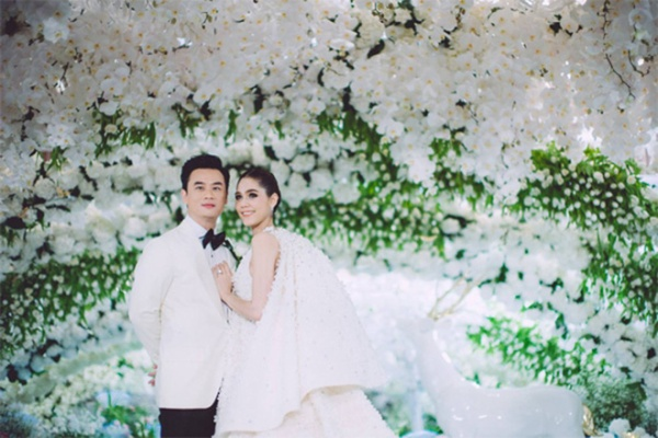 Những lễ cưới lộng lẫy, lung linh và ngập tràn hạnh phúc của sao Thái! ảnh 12