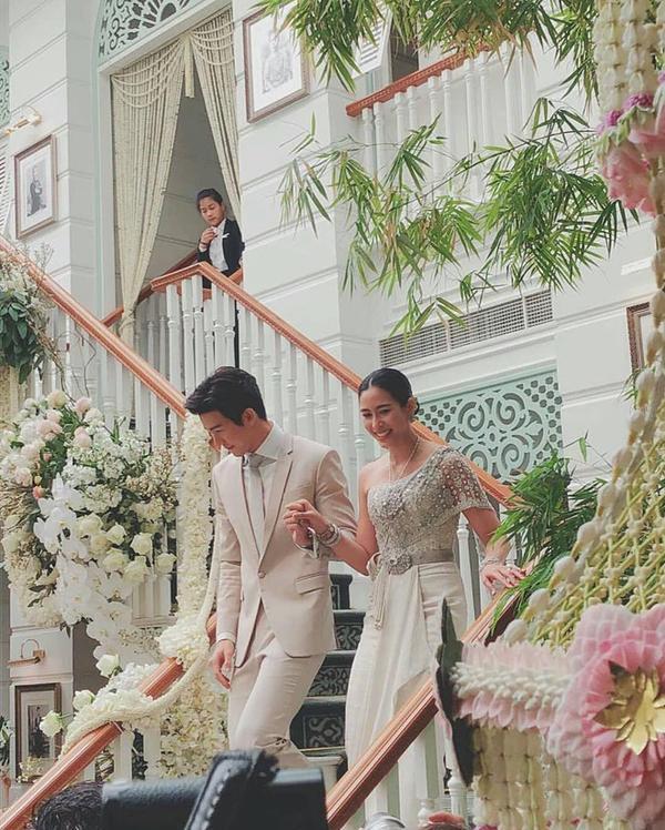 Những lễ cưới lộng lẫy, lung linh và ngập tràn hạnh phúc của sao Thái! ảnh 28