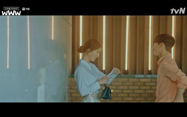 Phim Search: WWW tập 11: Lee Da Hee trở mặt với tiền bối thân thiết để về phe Im Soo Jung ảnh 9