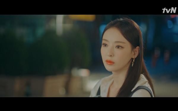 Phim Search: WWW tập 11: Lee Da Hee trở mặt với tiền bối thân thiết để về phe Im Soo Jung ảnh 44