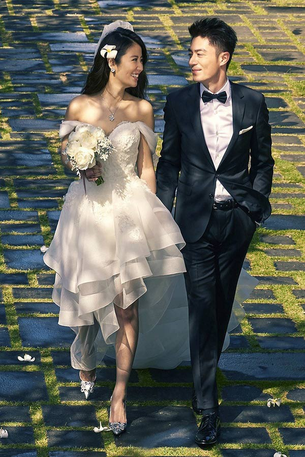 Là cặp đôi vàng trong làng giải trí Hoa Ngữ thế nhưng Lâm Tâm Như và Hoắc Kiến Hoa luôn kín tiếng trong cuộc sống hôn nhân và chưa bao giờ để lộ mặt con gái cưng của mình