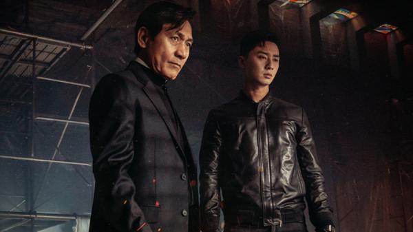 Park Seo Joon được đạo diễn và nam diễn viên gạo cội Ahn Sung Ki khen khi đóng vai võ sĩ trong phim kinh dị The Divine Fury ảnh 8