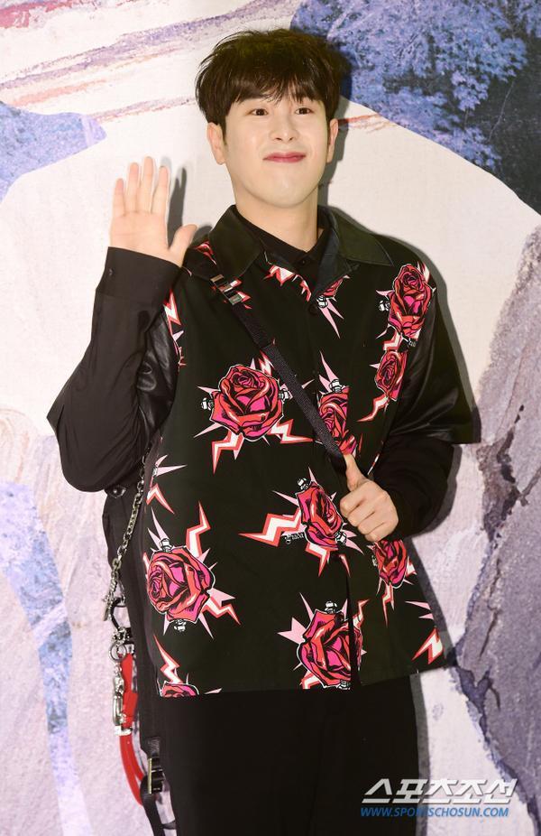 Ahn Jae Hyun như trai chưa vợ, Sulli và P.O (Block B) duyên dáng đáng yêu tại sự kiện ảnh 8