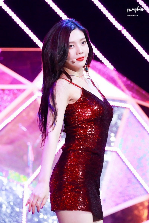 10 idol quyến rũ ngút trời trên sân khấu nhưng lại 'cute hột me' đời thường, thánh lầy phải là Hani (EXID) và HyunA ảnh 0