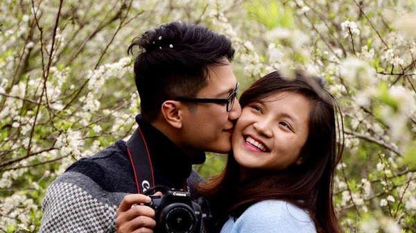 Hình ảnh khi còn hạnh phúc của cặp đôi.