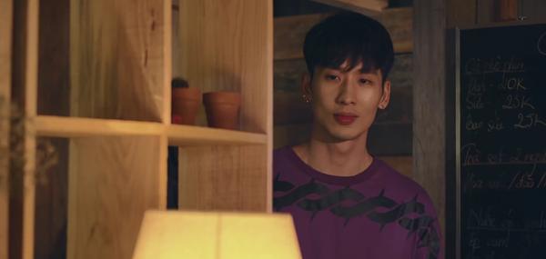 Tập 4 21 ngày yêu em: Lãng mạn như cổ tích đời thường, Salim được Tuấn Trần tỏ tình dưới mưa ảnh 2