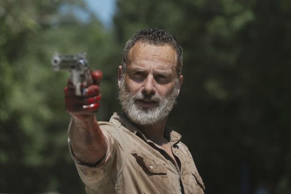 Teaser bộ phim The Walking Dead đầu tiên tiết lộ những gì sẽ xảy đến với Rick Grimes ảnh 2
