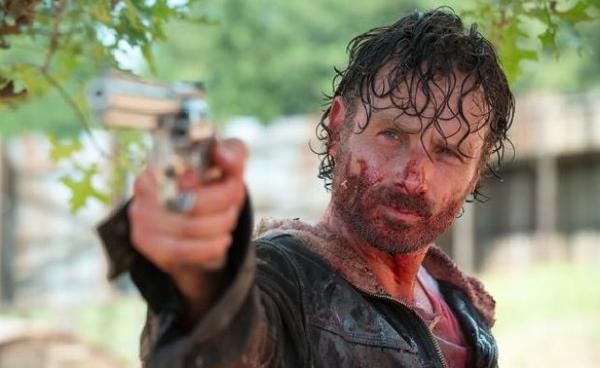 Teaser bộ phim The Walking Dead đầu tiên tiết lộ những gì sẽ xảy đến với Rick Grimes ảnh 4