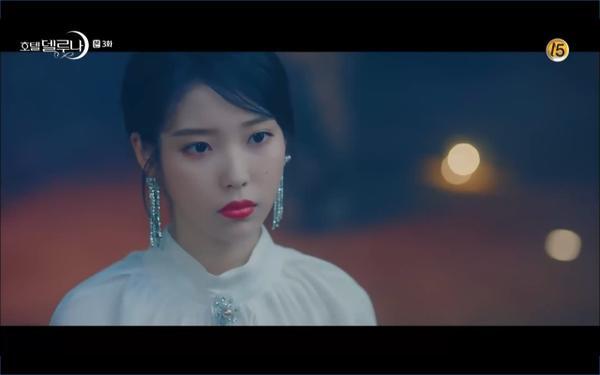 Phim Hotel Del Luna tập 3: IU gặp lại tình đầu sau ngàn năm chờ đợi, chính là Yeo Jin Goo? ảnh 25