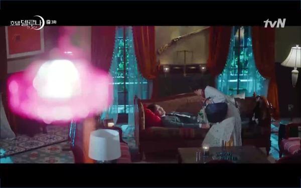 Phim Hotel Del Luna tập 3: IU gặp lại tình đầu sau ngàn năm chờ đợi, chính là Yeo Jin Goo? ảnh 33