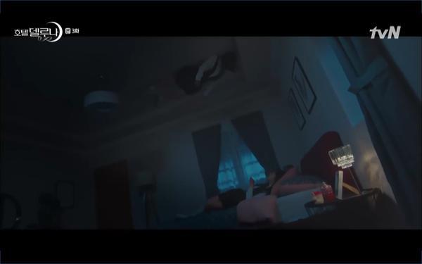 Phim Hotel Del Luna tập 3: IU gặp lại tình đầu sau ngàn năm chờ đợi, chính là Yeo Jin Goo? ảnh 68