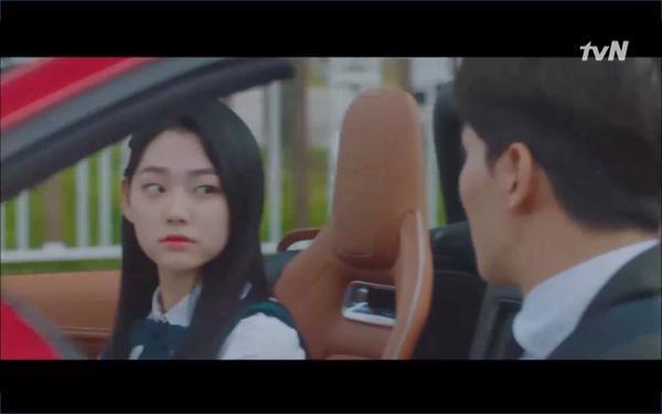 Phim Hotel Del Luna tập 3: IU gặp lại tình đầu sau ngàn năm chờ đợi, chính là Yeo Jin Goo? ảnh 56