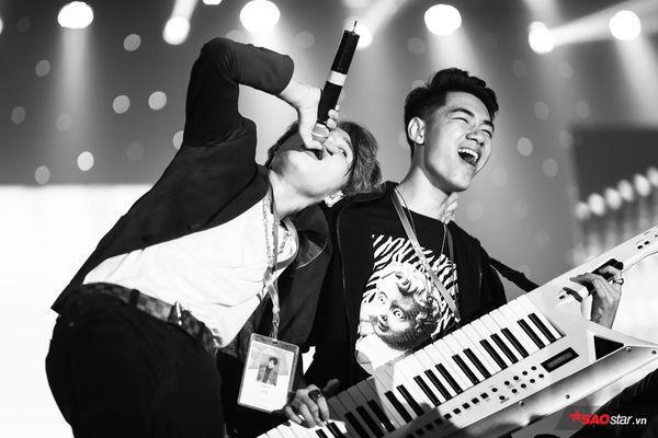 Jack và K-ICM mang đến loạt bản hit sung hết cỡ tại một sự kiện âm nhạc.