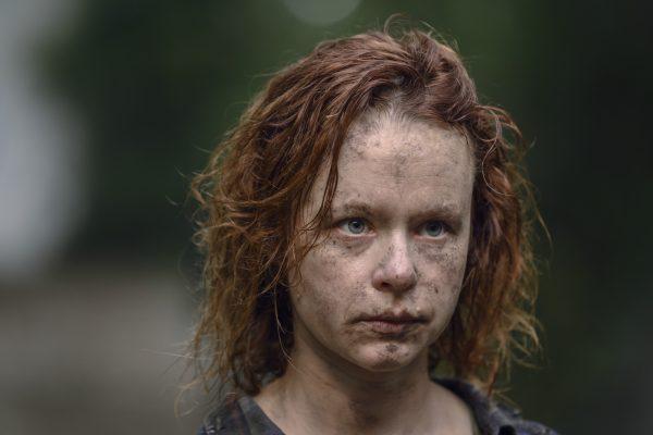 Thora Birch chính là nhân vật sau chiếc mặt nạ.