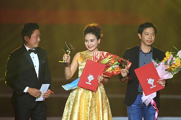 """Bảo Thanh đoạt giải Cánh Diều Vàng ở hạng mục """"Nữ diễn viên chính phim truyền hình xuất sắc"""" năm 2014"""