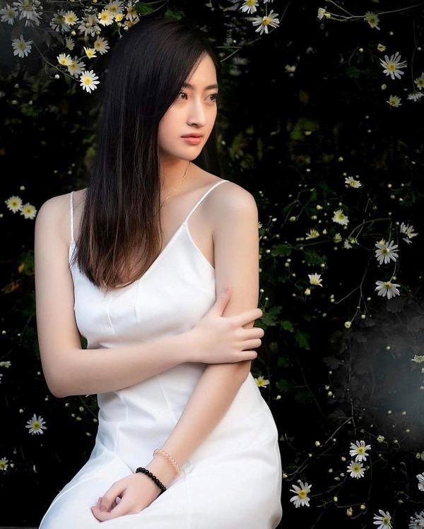Soi trình độ học vấn của Tân Hoa hậu Lương Thùy Linh: Là sinh viên giỏi của ĐH Ngoại thương, IELTS 7.5 ảnh 6