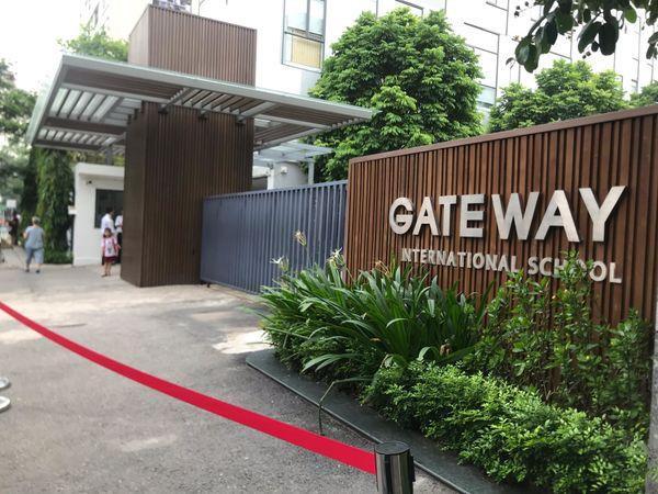 Trường tiểu học quốc tế Gateway nơi bé trai theo học.