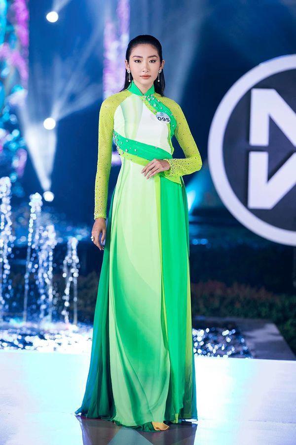 Hình ảnh Thanh Khoa tại đấu trường Miss World Việt Nam 2019.