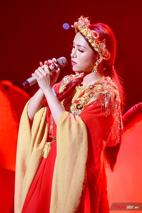 Bích Tuyết trong vòng Chung kết The Voice 2019.