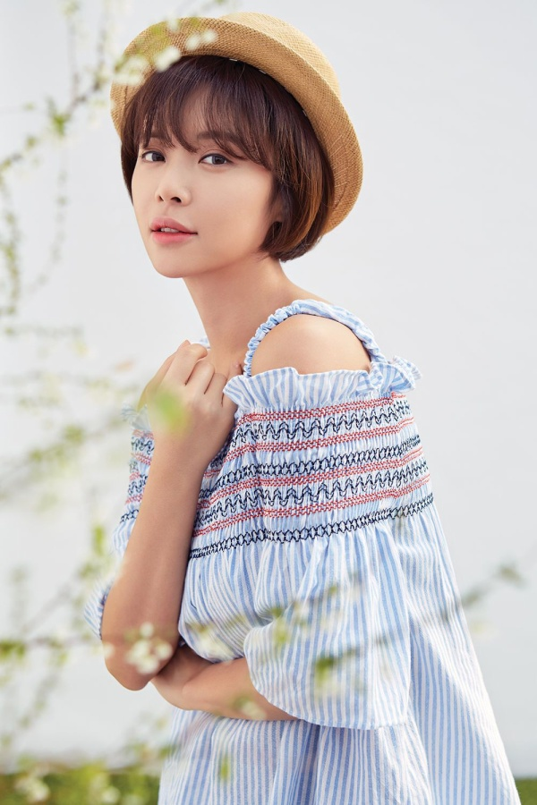 Phim điện ảnh thứ ba của BTS lập kỉ lục  Cô nàng xinh đẹp Hwang Jung Eum đóng cặp với Yook Sungjae (BTOB) ảnh 6