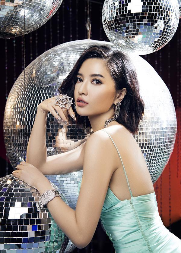 Bích Phương không chỉ đạt top 1 trending Youtube tại Việt Nam sau chưa đầy 1 ngày lên sóng…