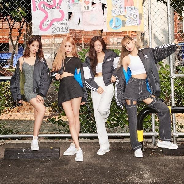 Nhãn hàng Adidas được cho là quá thiên vị Rosé, Lisa và Jennie còn Jisoo thì không được ưu ái bằng
