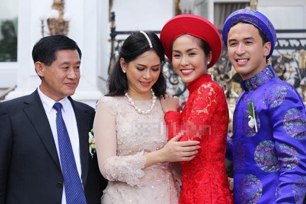 Những mỹ nhân Việt trở thành con dâu gia đình danh gia vọng tộc khiến nhiều người mơ ước ảnh 2