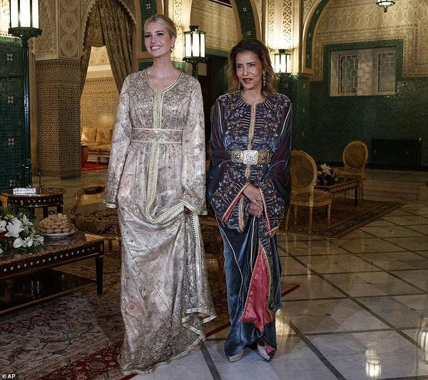 Bộ váy kiêu sa của Ivanka được làm riêng bởi nhà thiết kế Morocco Fadila El Gadi
