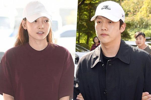Goo Hara và Choi Jong Bum.