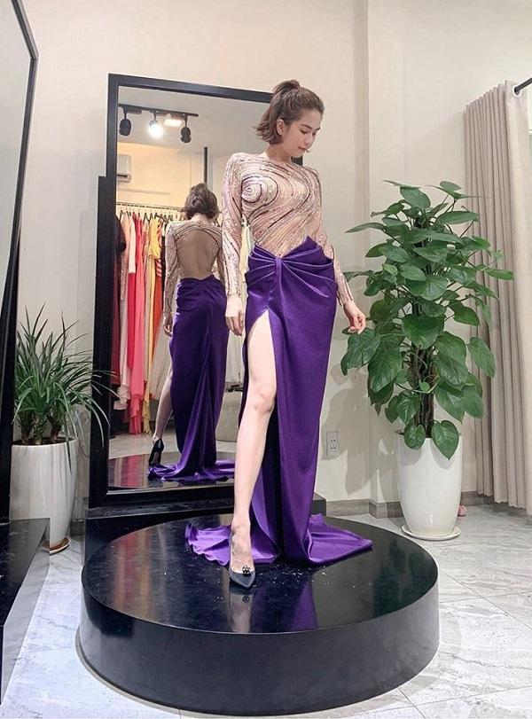 """""""Nữ hoàng nội y"""" Việt Nam trong chiếc váy cut -out tôn lên vóc dáng nuột nà, đẹp bất chất photoshop"""