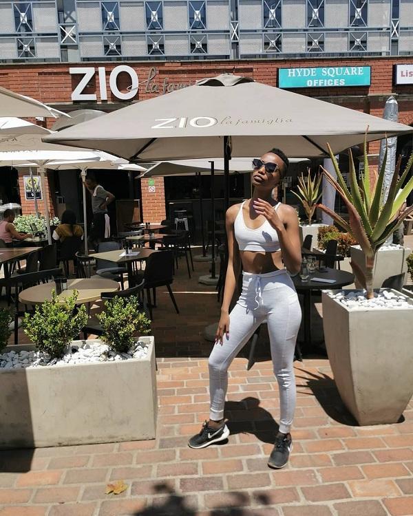 Bên cạnh đó kiểu tóc ngắn của Zozibini trở nên thịnh hành tại Nam Phi sau khi cô đăng quang ở quê nhà