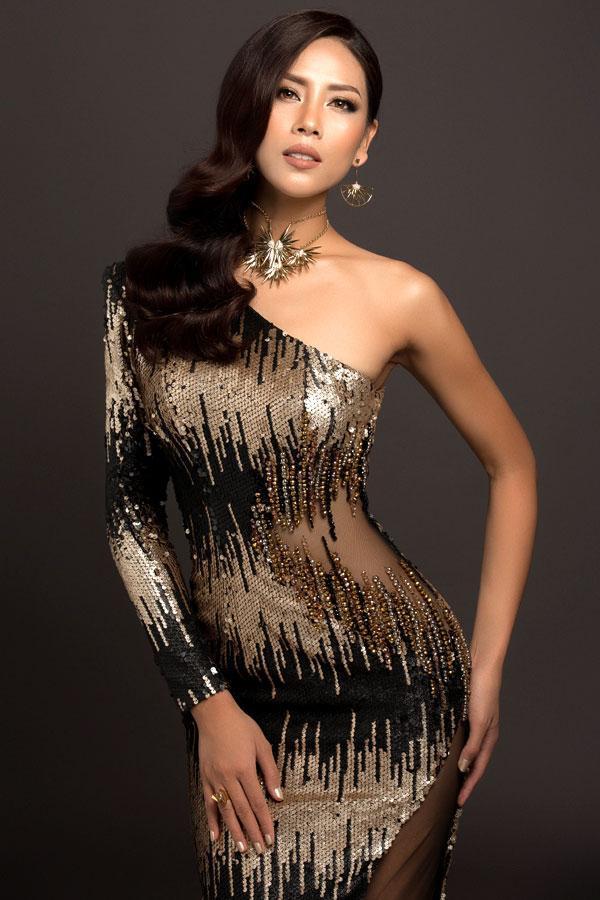"""Nguyễn Thị Loan chính là người đẹp """"không danh chính ngôn thuận"""" vì hết lần này tới lần khác cô chỉ là người """"đóng thế vai"""". Hiện cô có sự nghiệp ổn định."""