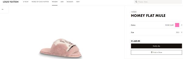 Đôi dép lông của nhà Louis Vuitton mà Kylie Jenner mang có giá 1.850 đô la Mỹ ( tầm 42 triệu đồng).