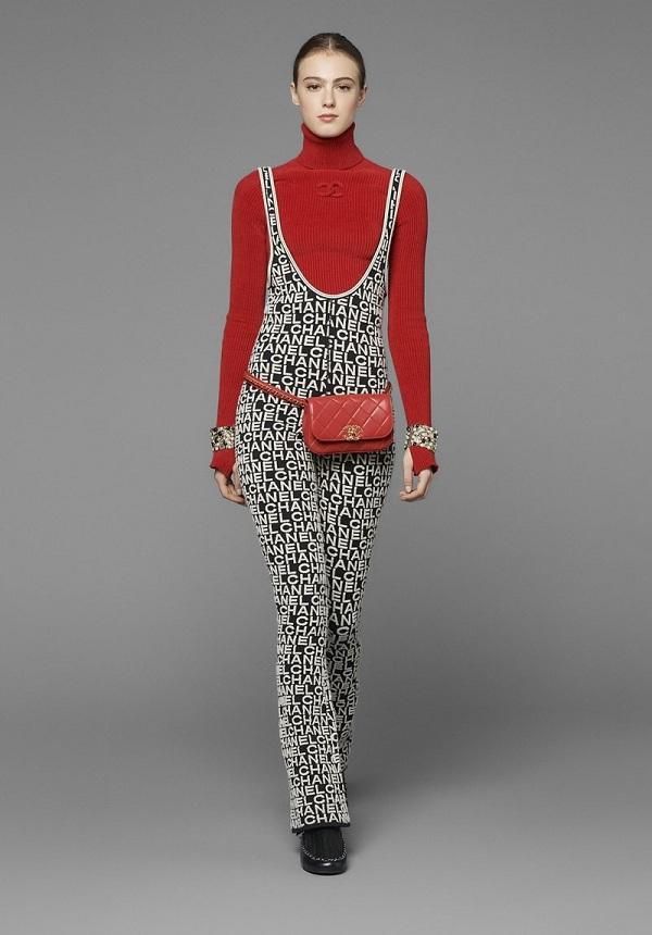 Thiết kế jumpsuit được ưa chuộng này làm từ chất liệu len, thuộc bộ sưu tập Pre-Fall 2019 của Chanel, có giá 3.350USD (gần 80 triệu đồng)