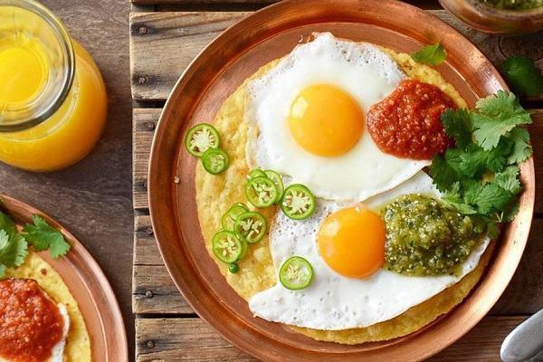 Trứng là loại thực phẩm giúp đốt cháy mỡ thừa 'ác liệt' mà chị em nên thường xuyên bổ sung để có được body hoàn hảo