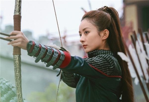 Triệu Lệ Dĩnh trở thành nữ hoàng phim truyền hình với tổng lượt xem vượt 50 tỷ và là song quán quân của IQiyi và Tencent ảnh 11