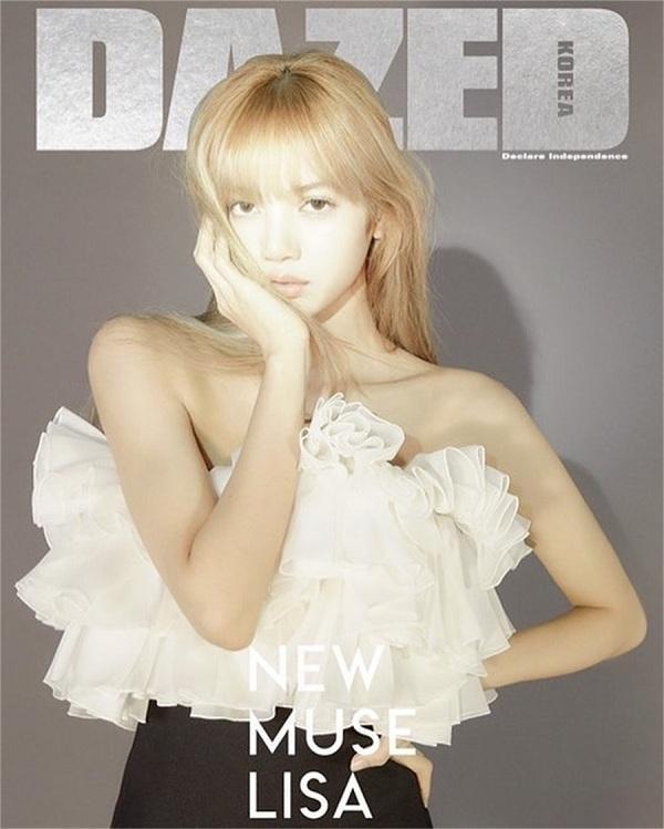 """Búp bê Thái Lan trên tạp chí Dazed Korea diện set đồ của Celine tạo dáng thần sầu trông như một nàng mẫu tây chuyên nghiệp khi thông tin cô trở thành """"nàng thơ mới"""" cho nhãn hàng Pháp"""