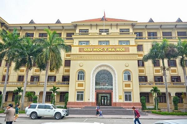 Đại học Y Hà Nội quyết định cho SV nghỉ trong 2 tuần để phòng dịch COVID- 19.