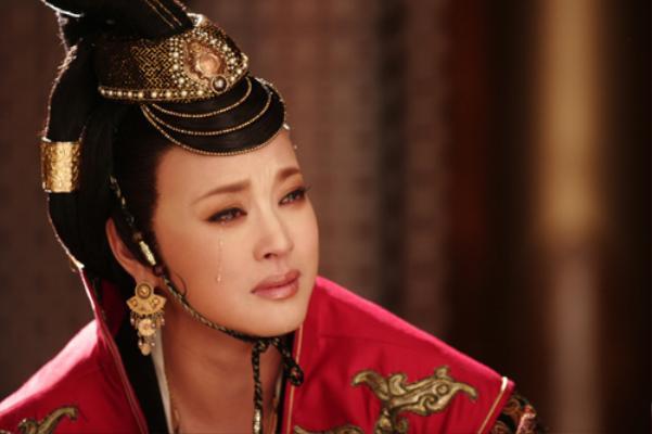 Tạo hình của Lưu Hiểu Khánh trong phim truyền hình về Võ Tắc Thiên do Trung Quốc sản xuất.