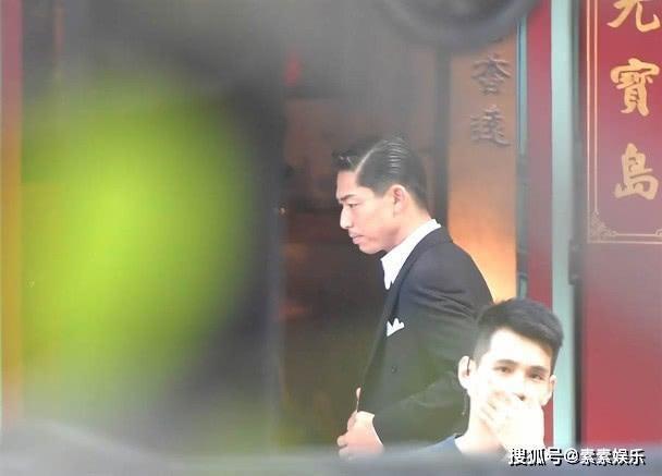 Lâm Chí Linh diện váy cưới xinh đẹp, ngọt ngào khoác tay ông xã tập dợt hôn lễ ảnh 5