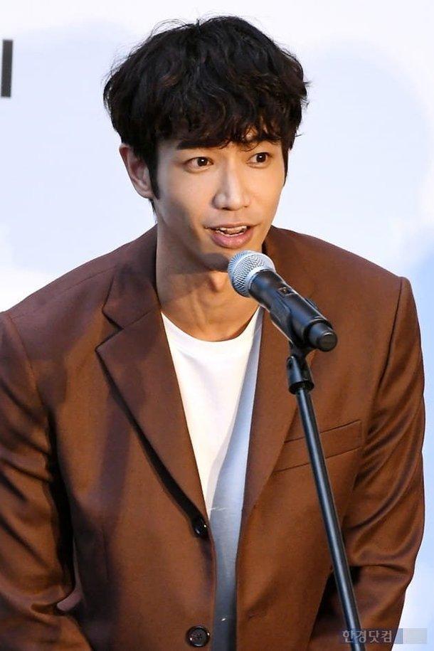 Vượt bão Kong-rey, Han Ji Min  Yoo Ah In, Joo Ji Hoon và Kim Go Eun gặp gỡ khán giả tại LHP Busan ngày 3 ảnh 38