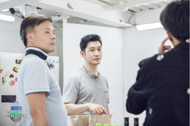Nhà hàng Trung hoa mùa 3 trở nên nhàm chán, phải dựa vào Dương Tử và Vương Tuấn Khải để kéo lại danh tiếng? ảnh 1